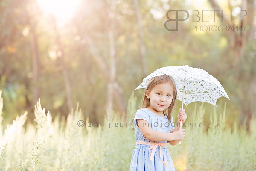 6-Murrieta-child-umbrella-family-photographer-7
