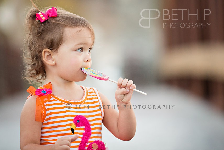 6-lollipop-fun-Temecula-child-photographers-7
