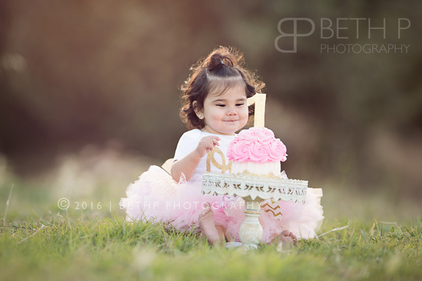 3-Temecula-baby-photographer-cake-smash